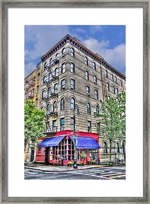 The Building Used For The Tv Show 'friends' Framed Print by Randy Aveille