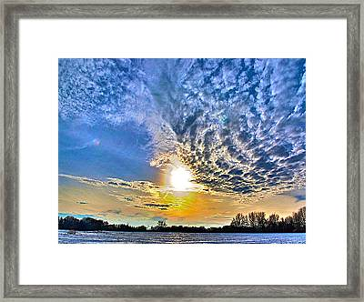 The End Of The Day Framed Print by Robert Pearson