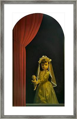 The Madonna And Child Framed Print by Weiyu Xia