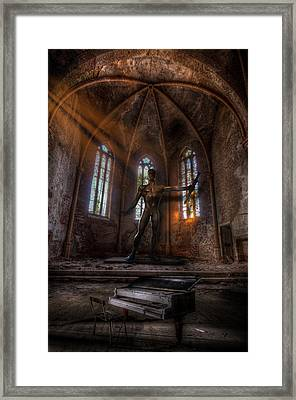 The Old Party Tune. Framed Print by Nathan Wright