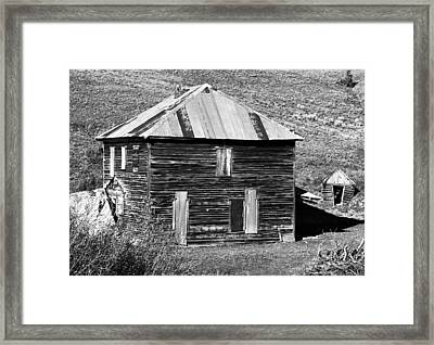 The Old Place Framed Print by David Lee Thompson