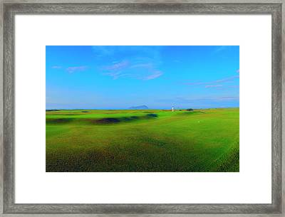 The Putter Framed Print by Jan W Faul