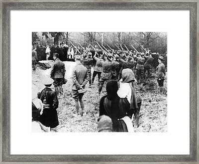 The Red Baron Burial Framed Print by Underwood Archives