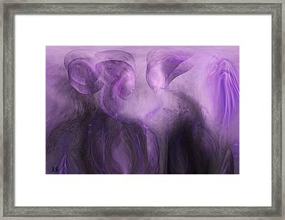 The Visitors Framed Print by Linda Sannuti