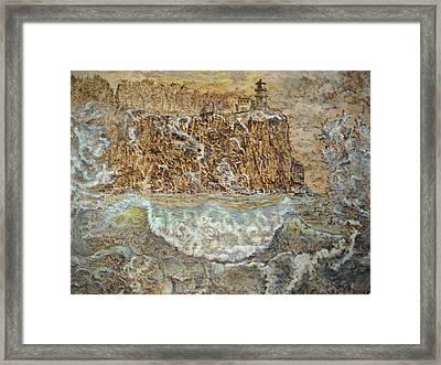 The Wave Framed Print by Doris Lindsey