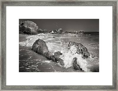The Wave Framed Print by Guido Montanes Castillo