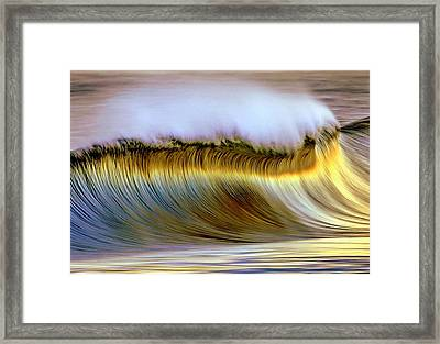 The Wave Framed Print by Zarija Pavikevik