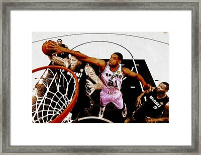 Tim Duncan And Birdman Framed Print by Brian Reaves
