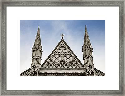 Trio At Westminster Framed Print by Christi Kraft