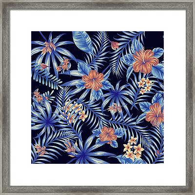 Tropical Leaf Pattern 4 Framed Print by Stanley Wong