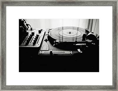 Turntable Framed Print by So1