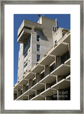 University Of California Berkeley Wurster Hall College Of Environmental Design Dsc4134 Framed Print by Wingsdomain Art and Photography