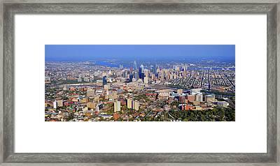 University Of Pennsylvania And Philadelphia Skyline Framed Print by Duncan Pearson