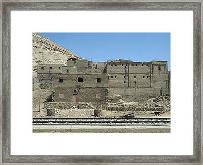 Uptown  Framed Print by A Rey