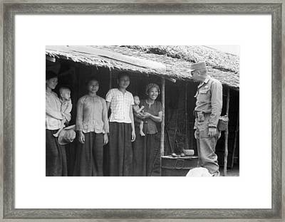 U.s. Army Advisors In Vietnam Framed Print by Underwood Archives