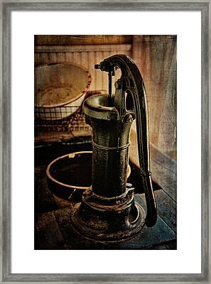 Vintage Sink Framed Print by Lana Trussell