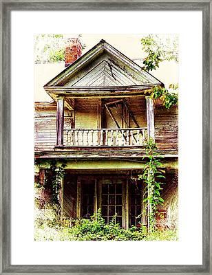 Virginia Mansion Framed Print by Julie Dant