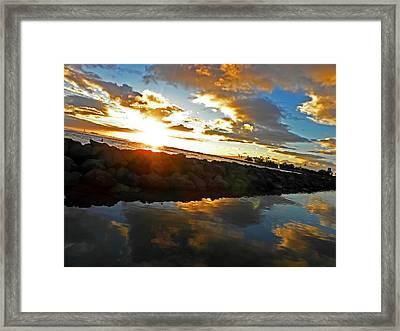 Waikiki Sunset Framed Print by Elizabeth Hoskinson