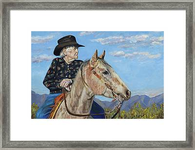 Waitin' On The Drive - Georgie And Ches Framed Print by Anne West