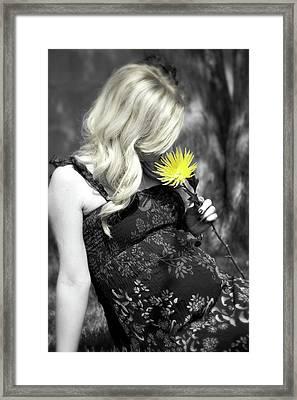 Waiting For Baby Framed Print by Lisa Knechtel