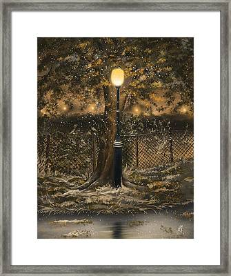 Waiting For The Snow Framed Print by Veronica Minozzi