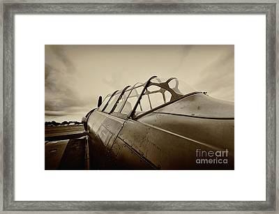 Waiting Framed Print by Richard Allen