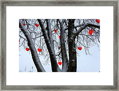 Warm Hearts Color A Tivoli Gardens Framed Print by Keenpress