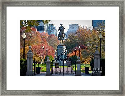 Washington Statue In Autumn Framed Print by Susan Cole Kelly