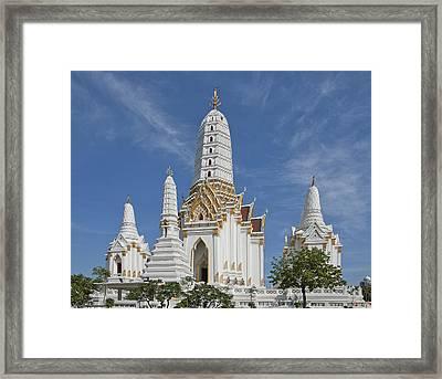 Wat Phitchaya Yatikaram Prangs Dthb1186 Framed Print by Gerry Gantt