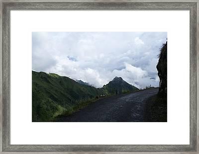 Way To Dhanaulti Framed Print by Padamvir Singh