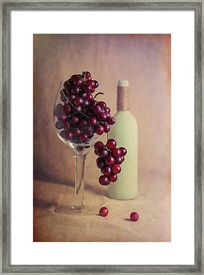 Wine On The Vine Framed Print by Tom Mc Nemar