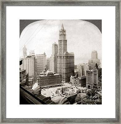 Woolworth Building, 1920s Framed Print by Granger