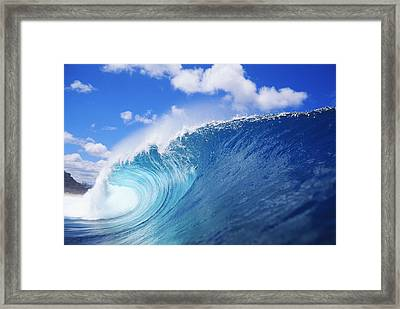 World Famous Pipeline Framed Print by Vince Cavataio - Printscapes
