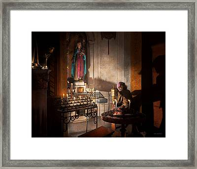 Wwii - I'll Pray For You 1944 Framed Print by Mike Savad