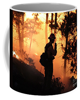 Coffee Mug featuring the photograph Firefighter At Night On The White Draw Fire by Bill Gabbert