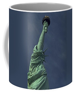 Coffee Mug featuring the photograph New York by Travel Pics