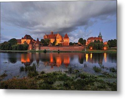 Castle Metal Print by Jan Sieminski