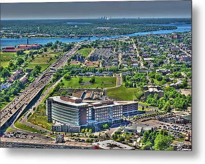0010 Visual Highs Of The Queen City Metal Print by Michael Frank Jr