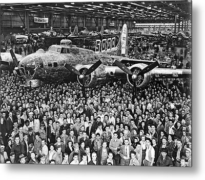 5,000th Boeing B-17 Built Metal Print by Underwood Archives