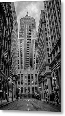 Chicago Board Of Trade Metal Print by Mike Burgquist