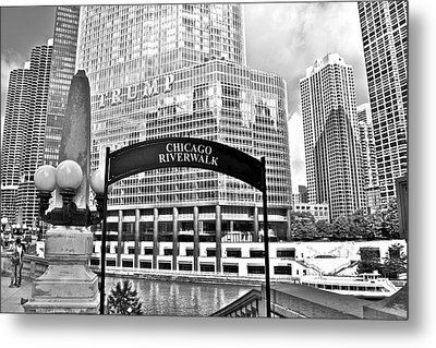 Chicago Riverwalk Metal Print by Frozen in Time Fine Art Photography