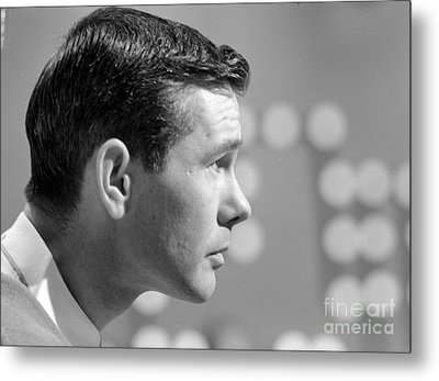 Johnny Carson On The Set Of The Tonight Show 1963 Metal Print by The Phillip Harrington Collection