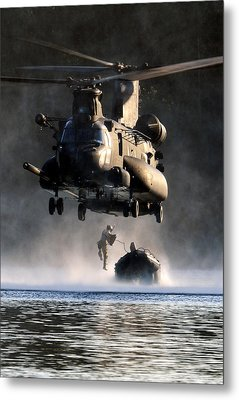 Mh-47 Chinook Helicopter Metal Print by Celestial Images