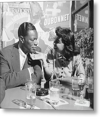 Nat King Cole And His Wife Maria 1954 Metal Print by The Phillip Harrington Collection