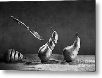 No Escape Metal Print by Nailia Schwarz