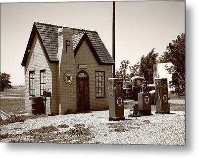 Route 66 - Phillips 66 Gas Station Metal Print by Frank Romeo