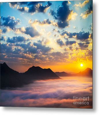 Sea Of Clouds On Sunrise With Ray Lighting Metal Print by Setsiri Silapasuwanchai