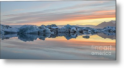 Sunset At Jokulsarlon Iceland Metal Print by Ning Mosberger-Tang