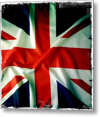 Union Jack Metal Print by Les Cunliffe