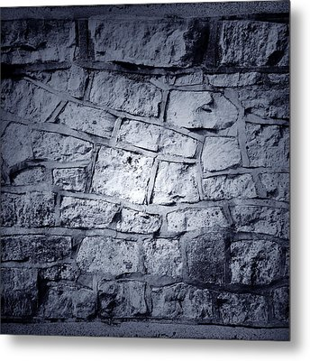 Wall Metal Print by Les Cunliffe